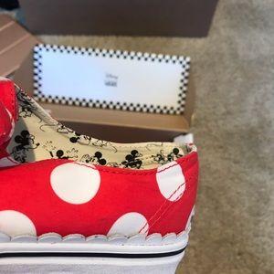 Vans Shoes - Vans Women Sz 10 Minnie's Bow Authentic